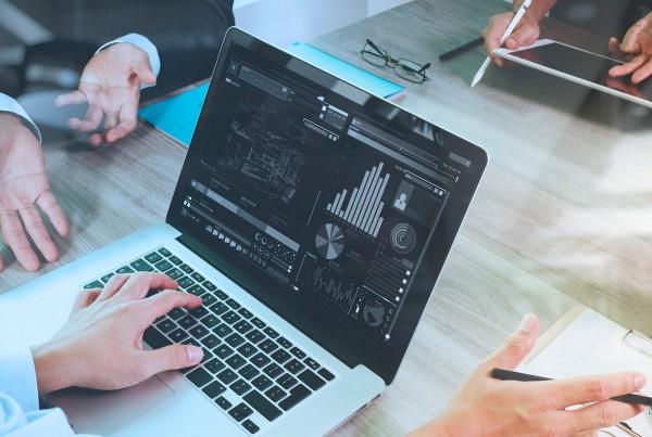 curso-de-especializacao-business-intelligence-e-analitica-avancada-de-dados